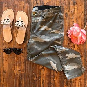 Ab-Solution Camo High Waist Ankle Skinny Pants